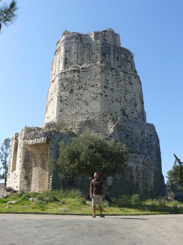 Zoilo en la Torre Magna (antigua muralla romana)