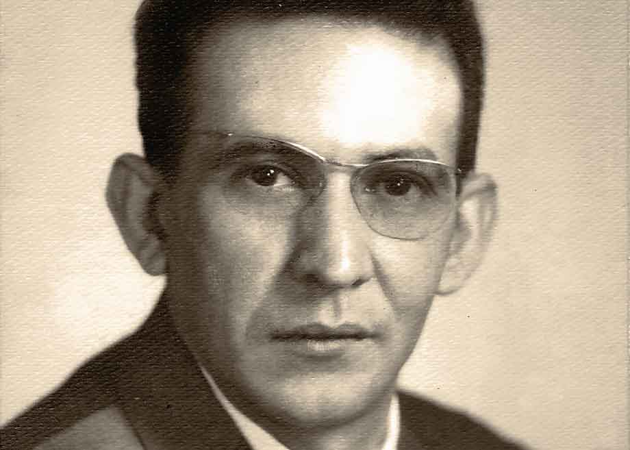 El astrofísico Héctor Rojas, cum laude por La Sorbona (París).