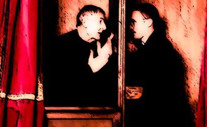 El rasguño de un vampiro, entre de El esclavo de los nueve espejos, una novela de Raimundo Castro