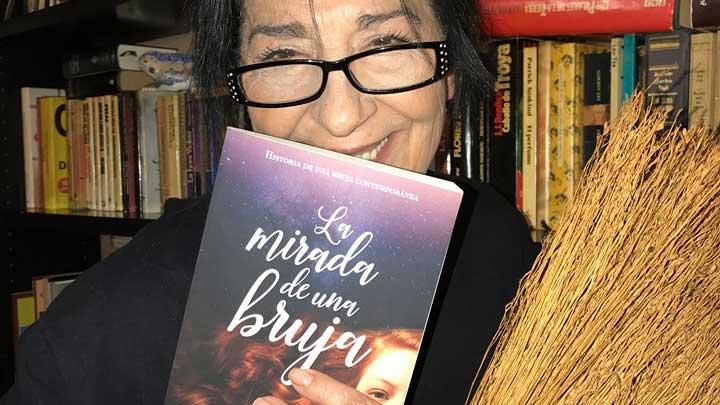 La mirada de una bruja, disidente de la realidad, novela de Antonia J. Corrales, comentario