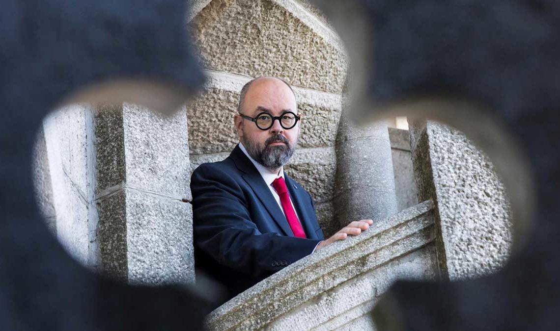 Adiós a Carlos Ruiz Zafón, autor de la tetralogía de El cementerio de los libros olvidados